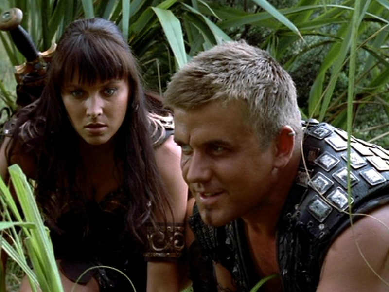 Jeremy Callaghan e Lucy Lawless in Xena e il matrimonio di Olimpia