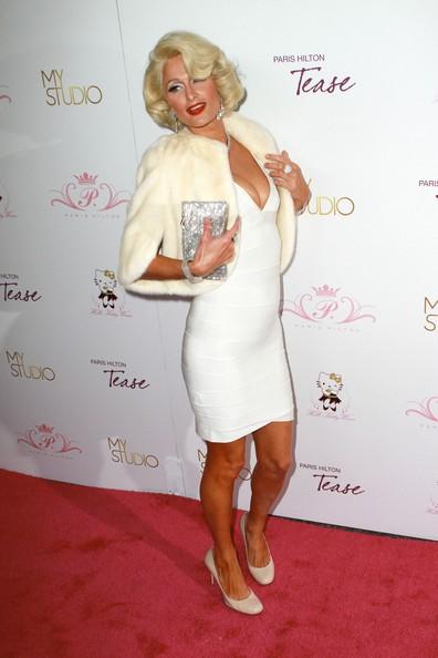Paris vestita da Marilyn Monroe
