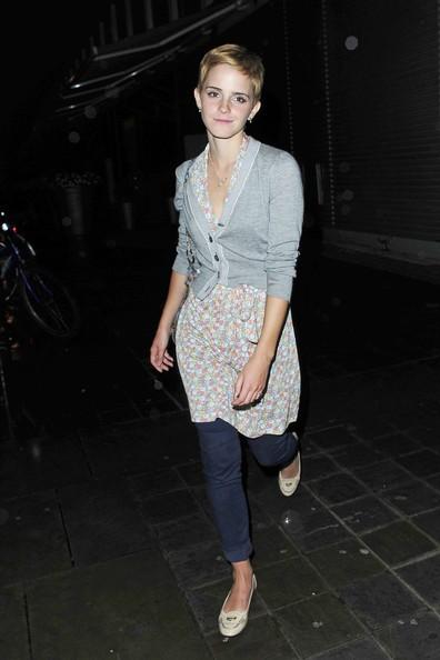 estate 2010, Londra: Emma Watson sfoggia un taglio alla maschietta