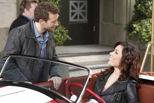 TJ Thyne e Michaela Conlin nell'episodio The Beginning in the End di Bones