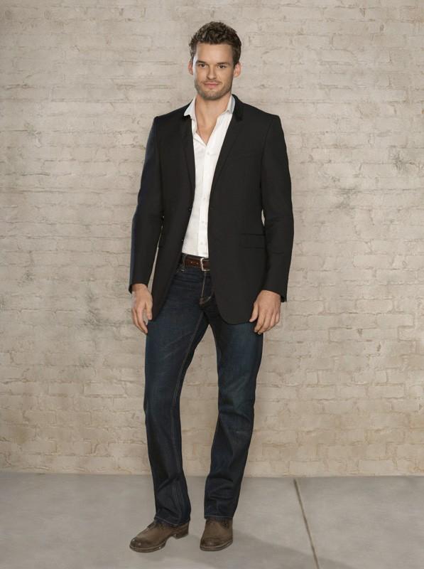Austin Nichols in una foto promo della settima stagione di One Tree Hill
