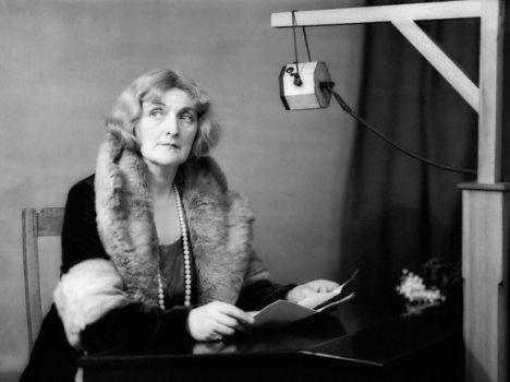 Un'immagine dell'attrice Sybil Thorndike