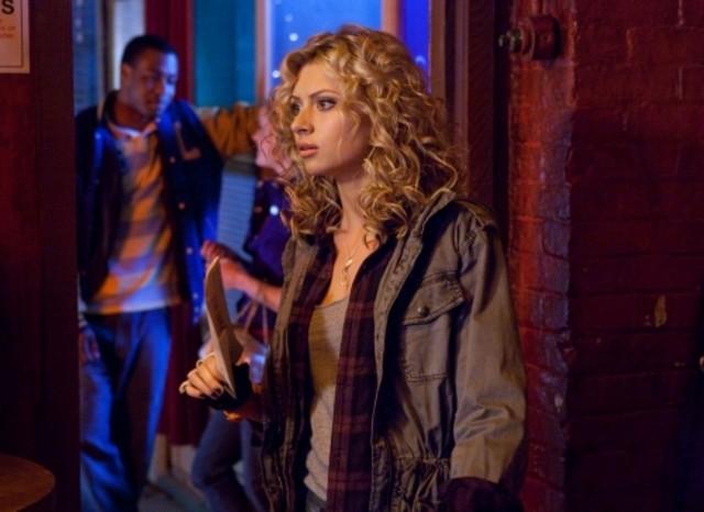 Alyson Michalka in un momento del pilot della serie Hellcats