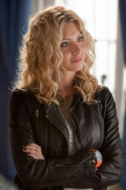 Alyson Michalka nel pilot della serie Hellcats