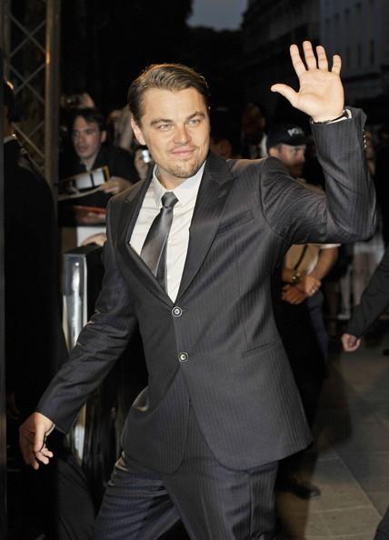 DiCaprio saluta i fan