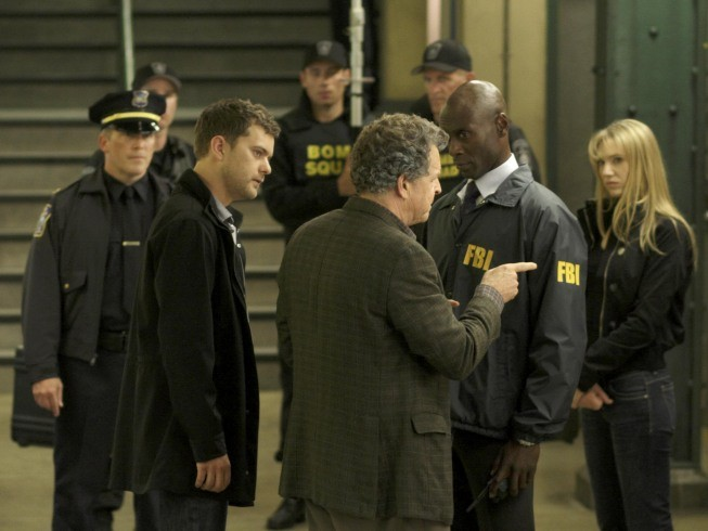 Un momento dell'episodio The Box di Fringe