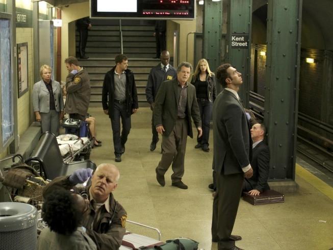 Una scena dell'episodio The Box di Fringe