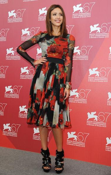 Venezia 2010: Jessica Alba presenta Machete di Robert Rodriguez