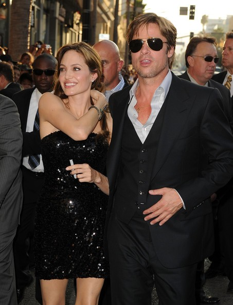 Brad Pitt e Angelina Jolie a una premiere di Salt