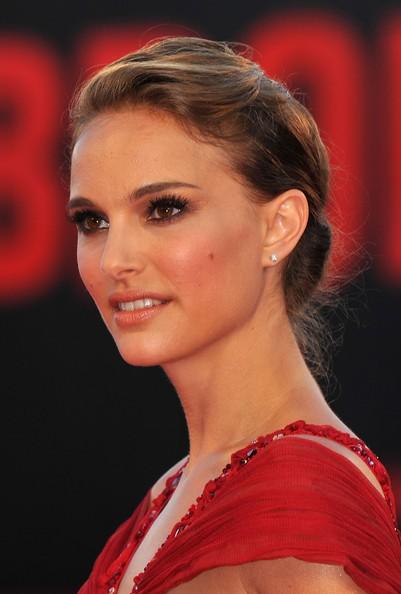 Natalie Portman, sul red carpet di Venezia 2010 per il thriller Black Swan