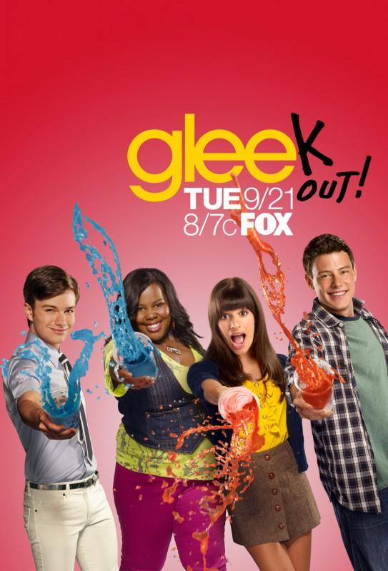 Uno dei poster della stagione 2 di Glee