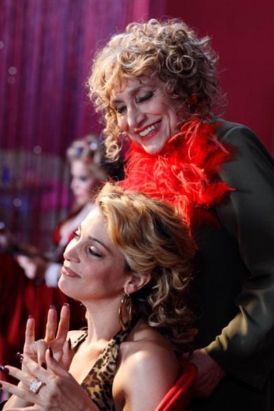 Donatella Finocchiaro e Piera degli Esposti in una scena del film I baci mai dati