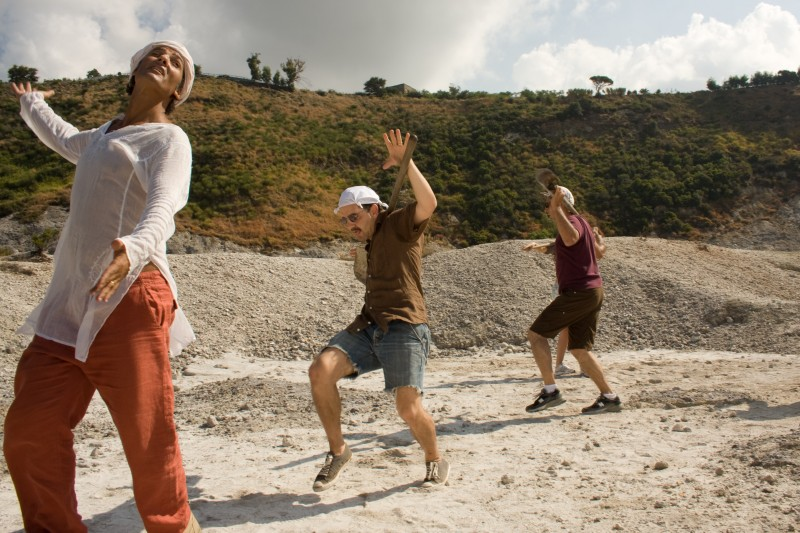 Fiorello, Max Casella e John Turturro in una scena del film Passione di John Turturro