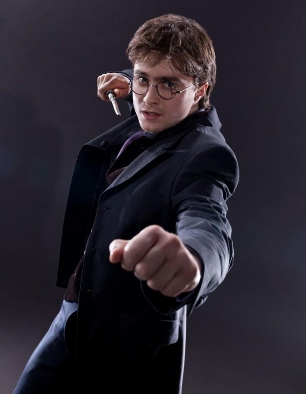 Daniel Radcliffe in una foto promo del film I Doni della Morte - parte 1