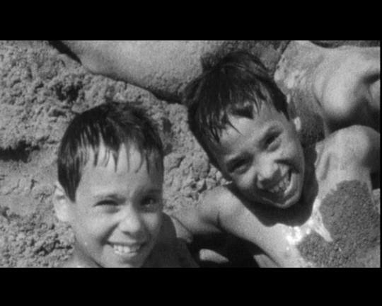 Un'altra immagine di repertorio tratta da 1960, documentario di Gabriele Salvatores.