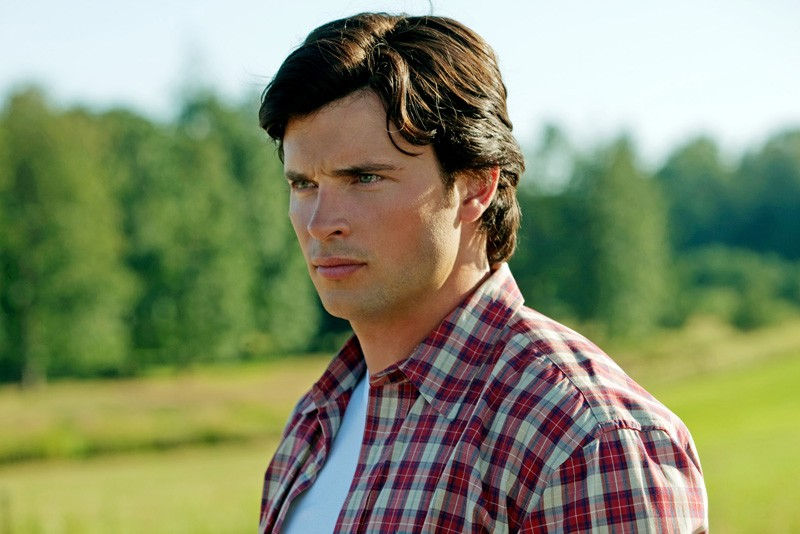 Un primo piano di Clark Kent (Tom Welling) in una scena dell'episodio Lazarus di Smallville