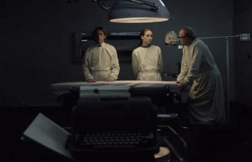 Una scena del film Post Mortem