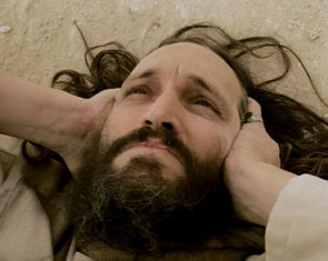 Vincent Gallo in una sequenza di Essential Killing (2010)
