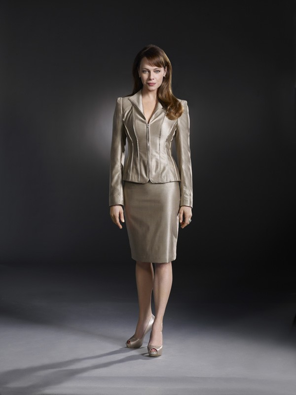 Melinda Clarke (Amanda) in una immagine promozionale della serie Nikita
