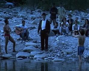 Scena del film Sorelle Mai