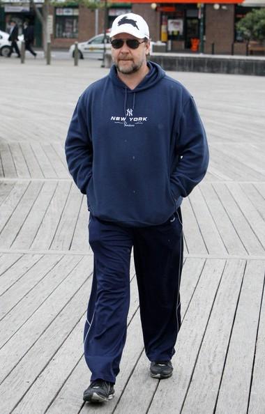 Russell Crowe in versione sportiva per le strade di Sydney, Australia