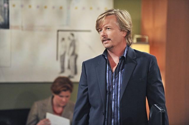 David Spade nell'episodio The Bank de Le regole dell'amore