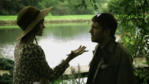 Tygh Runyan e Shannyn Sossamon in una foto del film Road to Nowhere