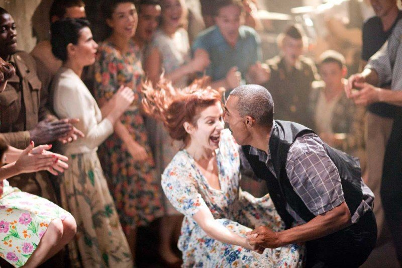 Audrey Dana in una scena del film Ces amours-là