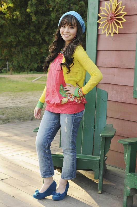 Anna Maria Perez De Tagle in una foto promozionale di Camp Rock 2