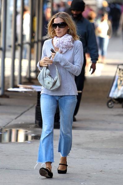 Sarah Jessica Parker mentre va a prendere il figlio James a scuola a New York