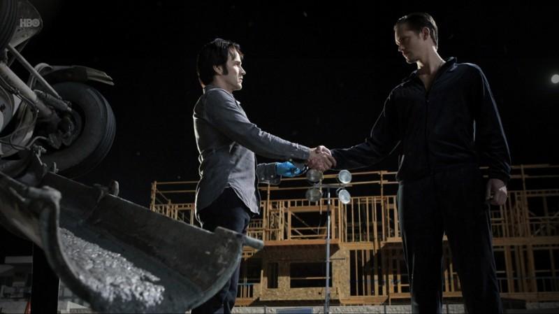Stephen Moyer ed Alexander Skarsgård nell'episodio Evil Is Going On di True Blood