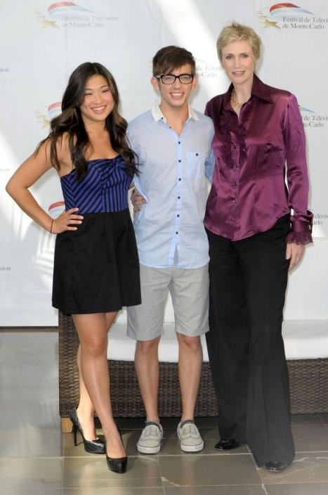 Kevin McHale, Jenna Ushkowitz e Jane Lynch all'edizione 2010 Television Festival di Monte-Carlo