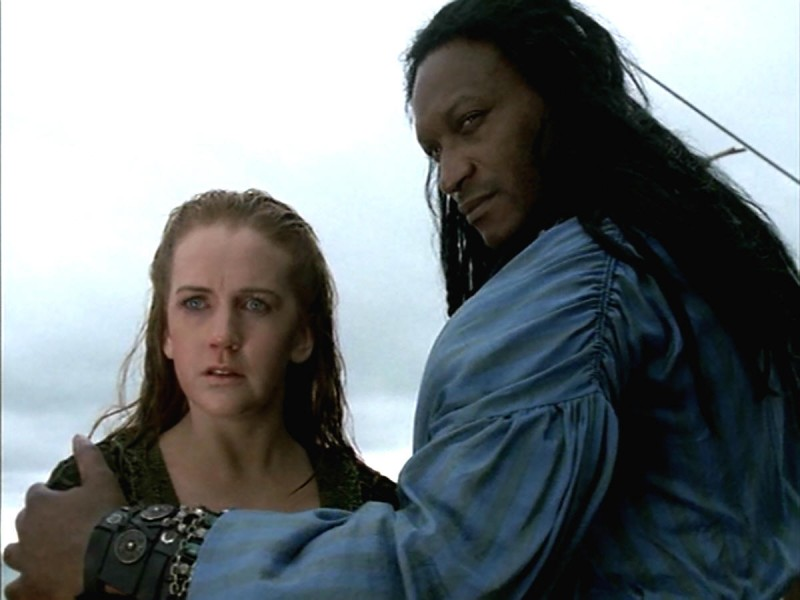 Tony Todd e Renee O\'Connor nell\'episodio Xena e la galea maledetta