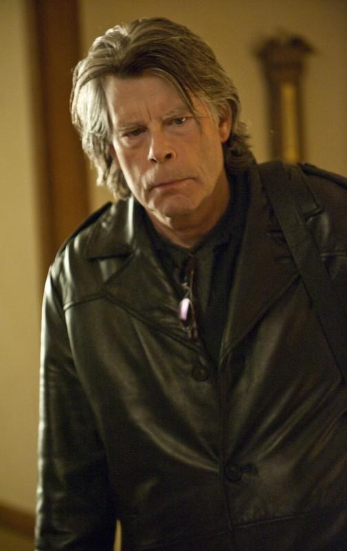 Lo scrittore Stephen King nell'episodio Home di Sons of Anarchy