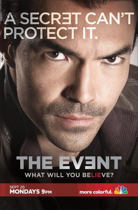 Un poster della serie TV The Event con lo slogan 'A Secret can't Protect It'
