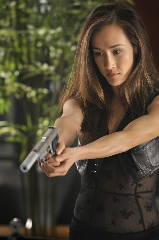 La bella Maggie Q in una scena dell'episodio Rough Trade di Nikita