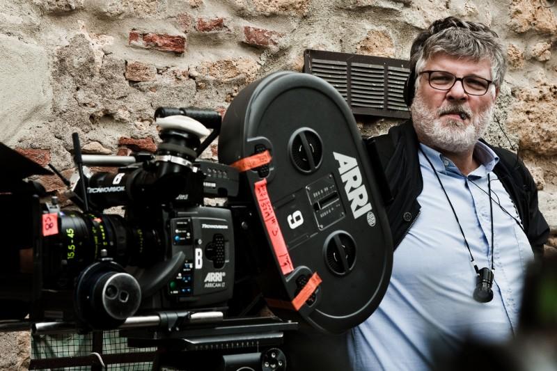 Il regista Carlo Mazzacurati durante le riprese del film La passione