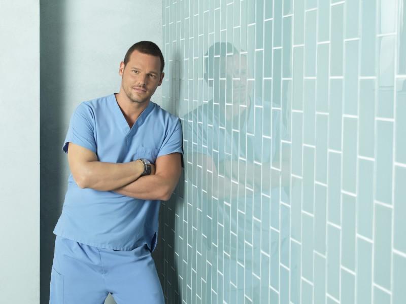Justin Chambers in una foto promozionale della stagione 7 di Grey's Anatomy