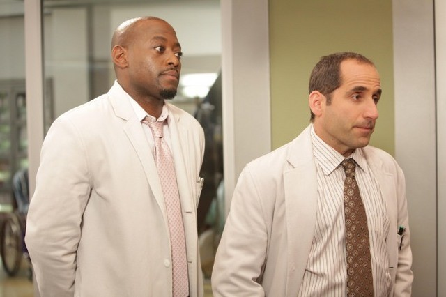 Peter Jacobson ed Omar Epps nell'episodio Selfish di Dr House