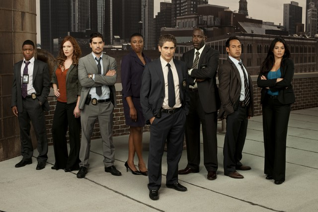 Una foto del cast della serie Detroit 1-8-7
