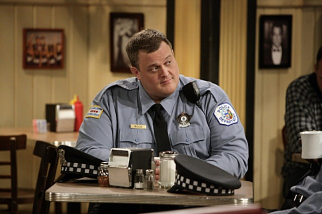 Billy Gardell nell'episodio First Kiss di Mike and Molly