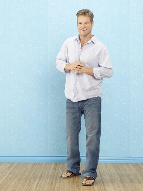 Brian Van Holt nel ruolo di Bobby nella stagione 2 di Cougar Town