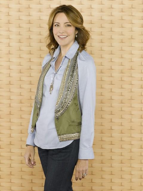 Christa Miller è Ellie nella stagione 2 di Cougar Town
