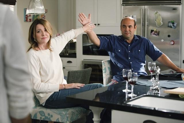 Christa Miller ed Ian Gomez nell'episodio Let Yourself Go di Cougar Town
