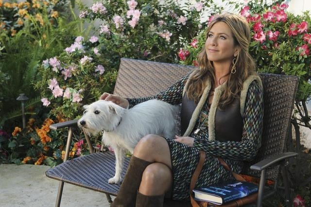 Jennifer Aniston nell'episodio All Mixed Up di Cougar Town