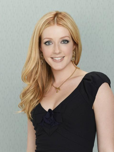 Jennifer Finnigan è Maddie nella serie Better with You