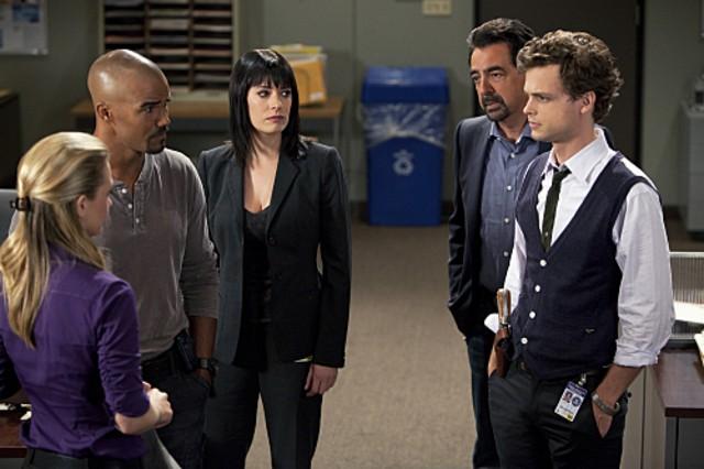 La squadra al completo nell'episodio JJ di Criminal Minds