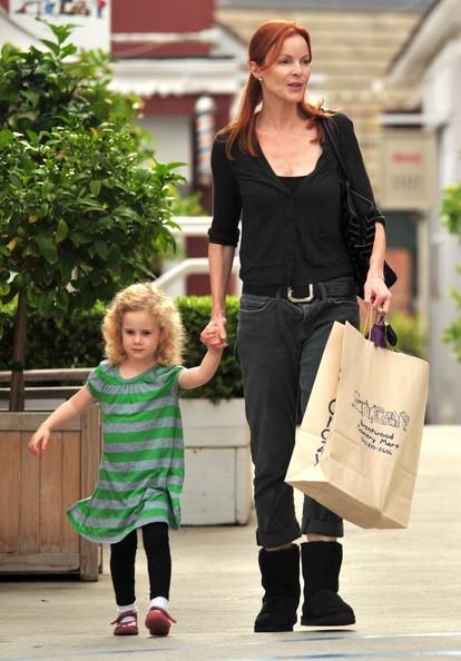 Marcia Cross e sua figlia Eden fanno shopping fuori il Toy Crazy a Brentwood