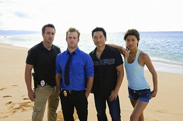 Alex O'Loughlin, Scott Caan, Daniel Dae Kim e Grace Park in una immagine promozionale di Hawaii Five-0