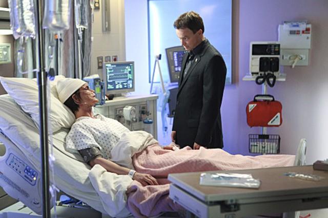 Gary Sinise in un momento dell'episodio Damned If You Do di CSI New York